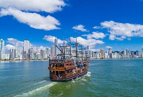 Ingresso Barco Pirata / Passeio Imperdível e temático!!!