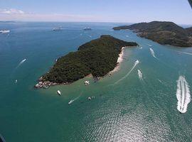 Passeio de Barco à Ilha de Porto Belo