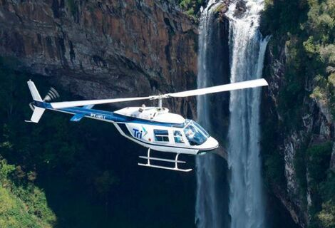 Passeio de Helicoptero sobre Cascata Caracol, Inesquecível !