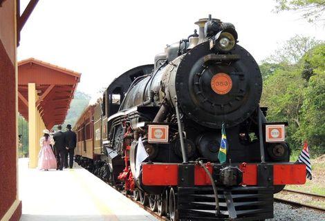 Passeio Regular de Trem em Guararema